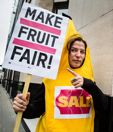 Make Fruit Fair! campaigner
