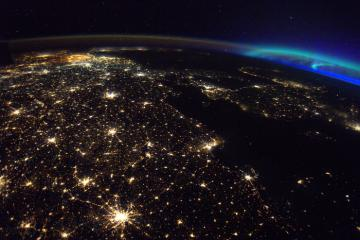 Night satellite view of the Earth © EU