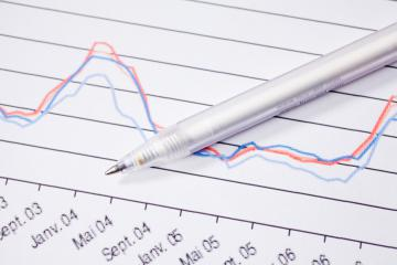 A pen on a graph © EU