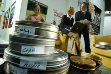 Films and two people in the background © EU