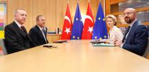 From left to right: Mr Recep Tayyip ERDOGAN, Turkish President; Mr Mevlüt CAVUSOGLU, Turkish Minister for Foreign Affairs; Ms Ursula VON DER LEYEN, President of the European Commission; Mr Charles MICHEL, President of the European Council.