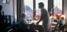 Carer and elderly person © EU