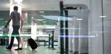 A man passing by the Automated Border Control eGate at Lisbon Airport © EU