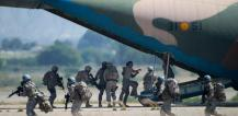 Military troops and airplane © EU