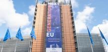 """The banner """"Recovery Plan for Europe"""" on the front of the Berlaymont building: Next Generation © EU"""