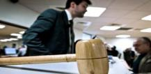 Gavel on table © EU