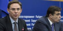 Margaritis Schinas, on the right, and Jyrki Katainen © EU