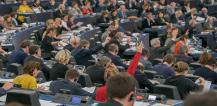MEPs voting during plenary session © EU