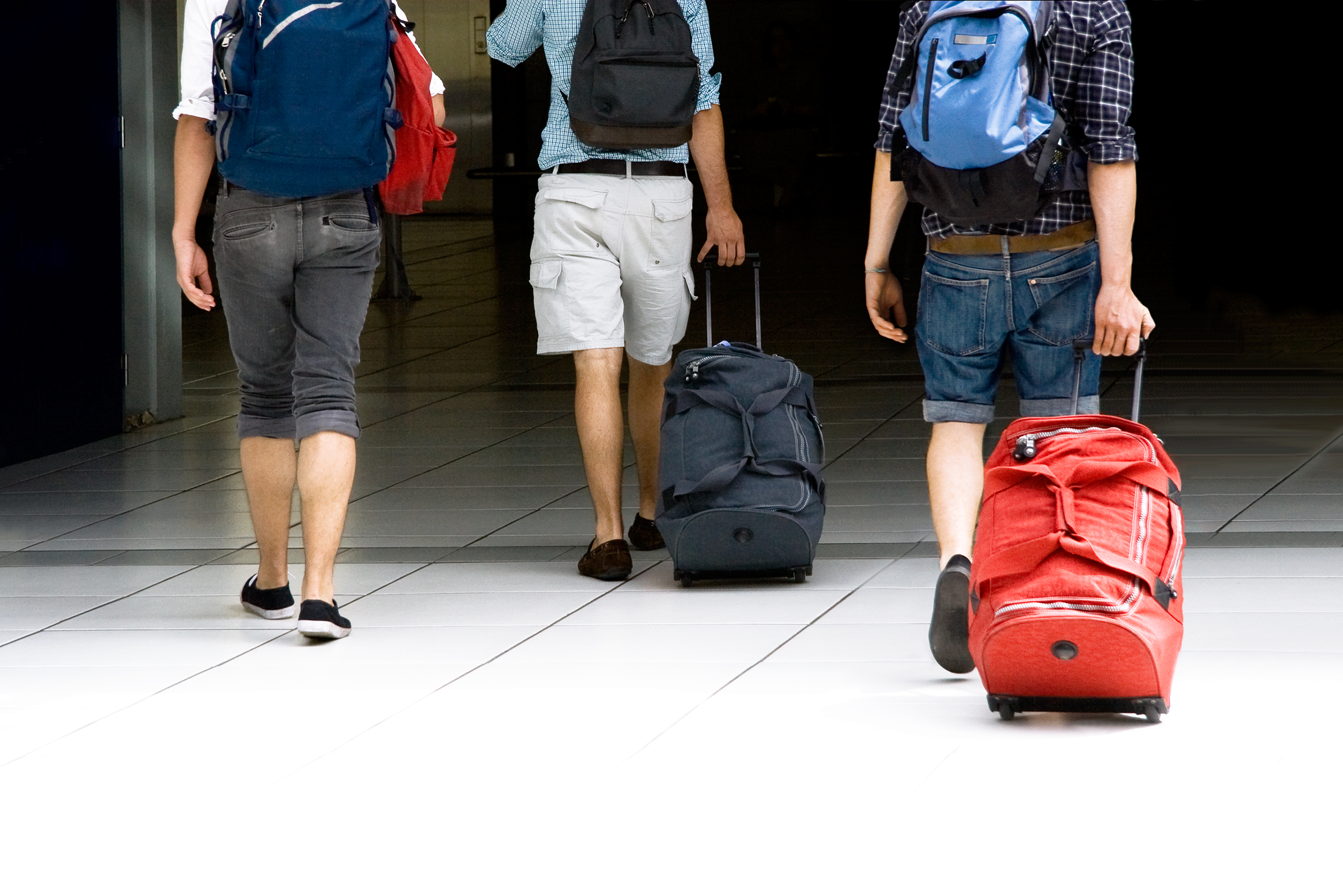 Young people leaving with suitcases and rucksacks