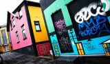 Graffiti Building in Reykjavik - picture by Moyan Brenn on Flickr: https://www.flickr.com/photos/aigle_dore/